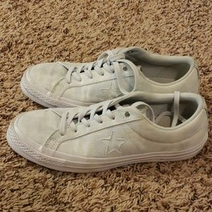 Converse One Star white suede Size 9, Euro 40